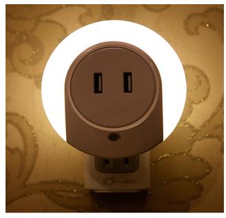Đèn Ngủ Cảm Ứng Kiêm Sạc USB LIGHTMATES CH-001